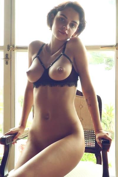Model Ariela in What A Woman