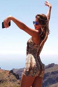 Model Maria in Atlantic Cliffs